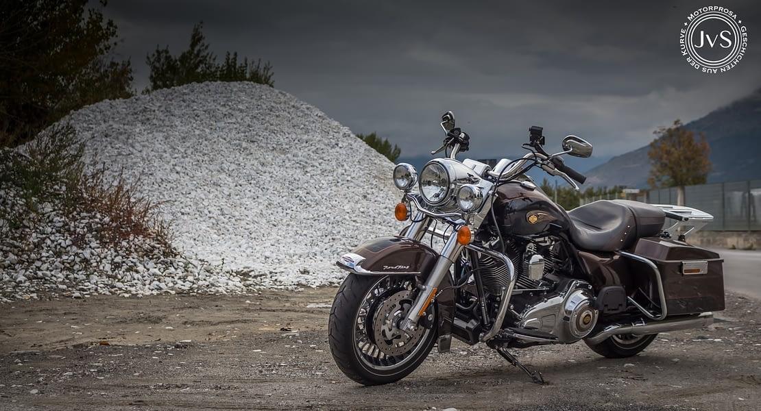Harley-Davidson Road King 110th Anniversary Edition