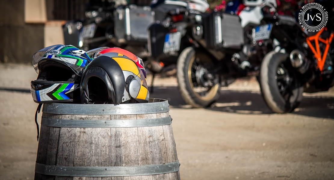 Mein liebstes Gesellschaftsspiel: Motorradfahren (Motorprosa • Geschichten aus der Kurve)